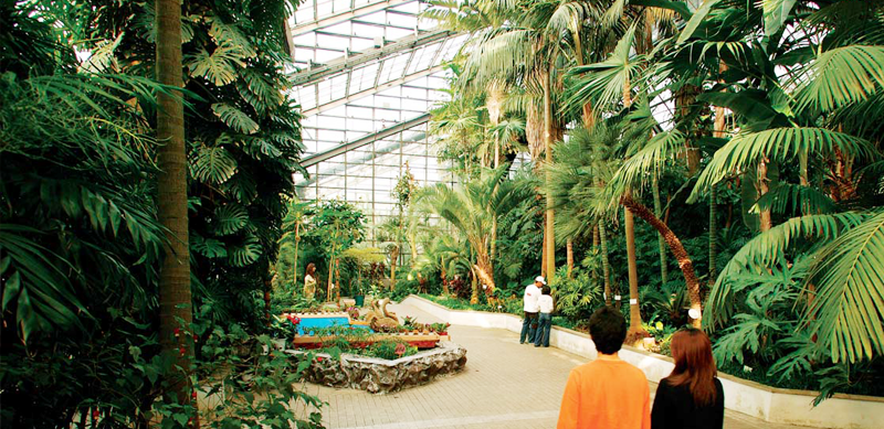[photo]Enclosed Botanical Garden at the Zoo